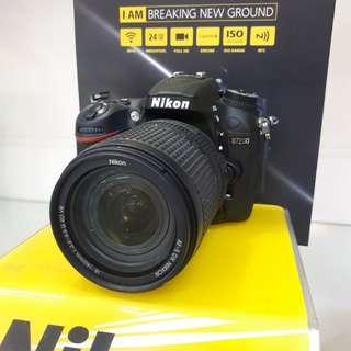 Kamera Nikon D7200 DSLR (Kredit TANPA CC)