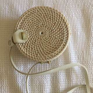 Round rattan bag - small size