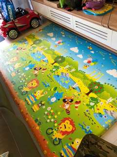 Preloved Korean double-sided big playmat 2.3x1.6m