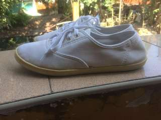 SALE Faded white shoes