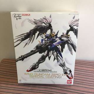 Hi Resolution Model 1/100 Wing Gundam Zero Custom EW [Special Coating]