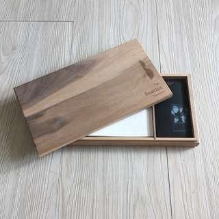 披頭四展紀念木盒
