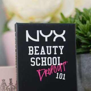 NYX Beauty School Drop Out 101 Eyeshadow - Smokey