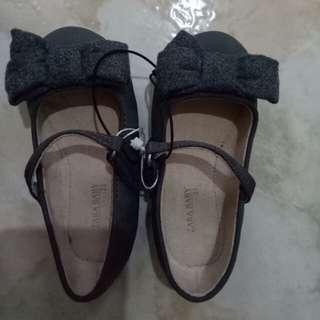 Zara baby shoes size 21