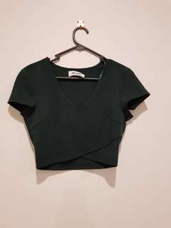 CLOTHING 4 FOR $10