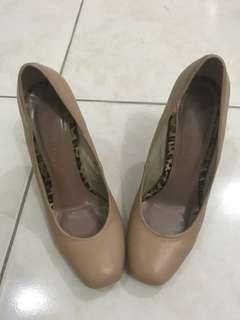 Janylin Nude Shoes
