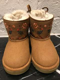 Zara baby girl leather embroidered Boots