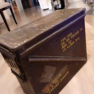 RARE big ammo box - 100 rounds 20mm VULCAN TP