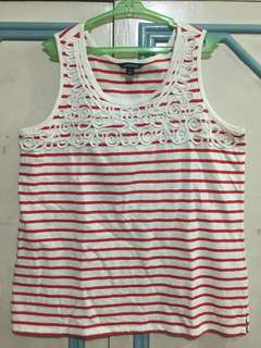 Red and white stripes sleeveless top