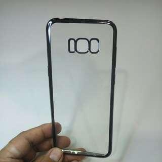 Samsung S8+ softcase dengan warna sisi chrome hitam