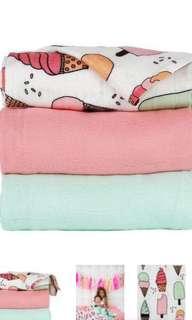 Baby tula triple scoops blanket set