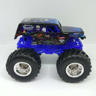 HW Monster Jam Son-Uva Digger