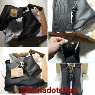 (RePRICE) Dr. Martens - 21574001 Reflective