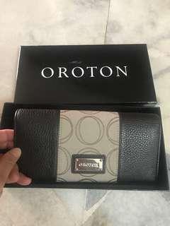 Oroton Small Clutch