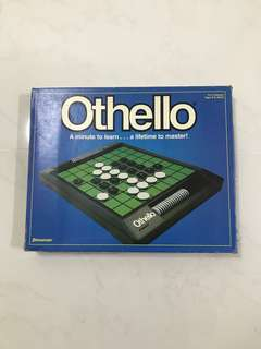 Moving Out Sale - Othello (Board Game)