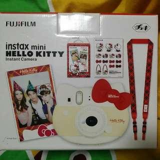 hello kitty instant camera (red) fuji film