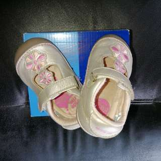 Stride Rite Shoes for BEGINNERS