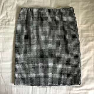 bn authentic cotton on gingham / checkered bandage skirt