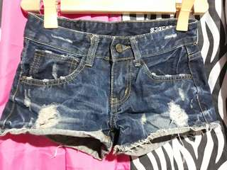 Pre loved Shorts 4 for 120