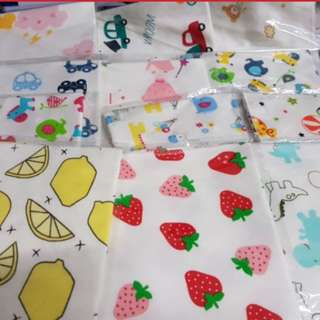 *Free mail* BN Triangle Bibs. Soft cotton Baby Infant Toddler Bib. In stocks. Nursing bib. Drool bib.