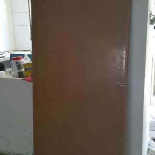"""Toilet plastic door 33""""x78"""""""