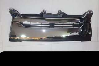 Hiace Euro5 Original Chrome Grill (New)