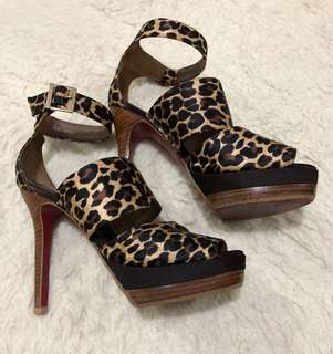 Janeo Heels Size 8