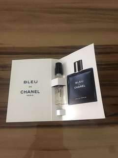 Chanel sample size parfume - blue