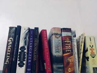 Bundled books for 700