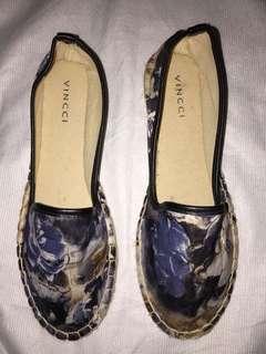 Vincci Floral Flatshoes