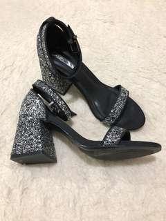 Berschka Black Glitter Mid Heels Size 8