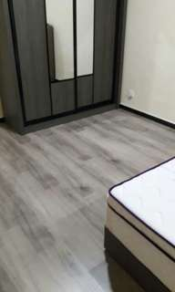 Vinyl & laminate flooring