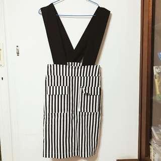 黑白條紋吊帶裙