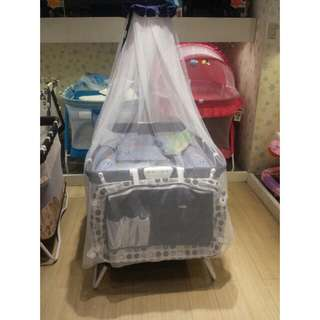 Giabt carrier crib