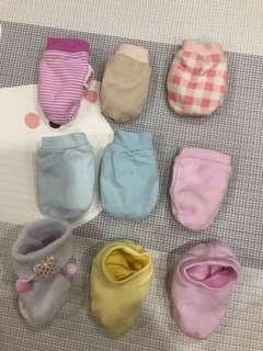 Mitten & Socks