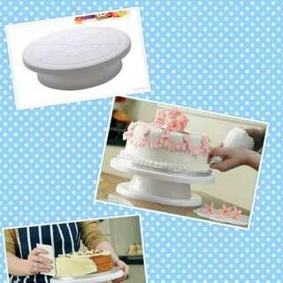 Turntable Cake