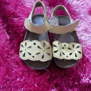 Sepatu Sendal Googee
