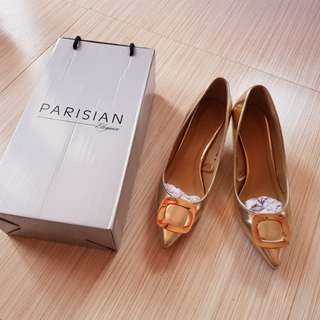 Parisian Gold pointed shoes