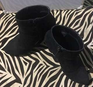 Preloved Forever 21 Boots