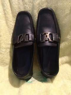 Authentic drivers loafers louis vuitton