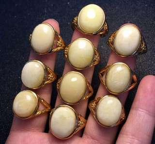 天然蜜蠟(白花蜜)銀鑲嵌戒指