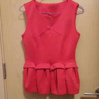 全新桃紅色上衣