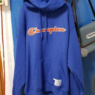 [Pending] Authentic Champion Hoodie