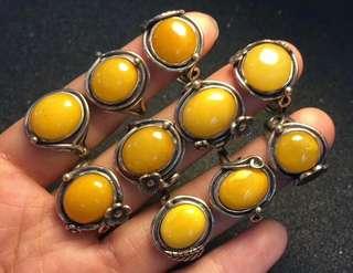 天然蜜蠟銀鑲嵌戒指   純手工製作
