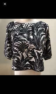 CLEARANCE SALES {Women's Fashion - Blouse} BN TOPSHOP Brand Classic Black/White Coconut Tree Tropical Picture In Print Ladies Blouse With Back Center Zip
