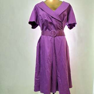 Purple large dress with collar and belt