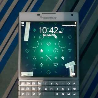 Blackberry Passport(White)