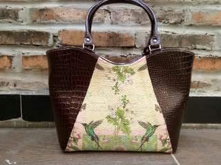 Tas Elizabeth croco deep brown (pandan decoupage)