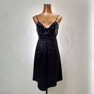 Black sexy sequin top dress with ribbon
