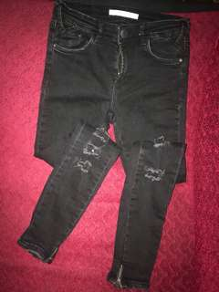 Zara Tattered jeans stretchable fit to 25-28